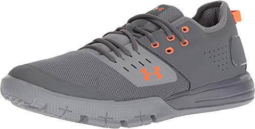 Under Armour Men's Charged Ultimate 3 Sneaker, Graphite (104)/Steel, 9